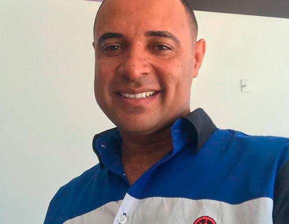 Douglas – Consultor Motomax Vila Velha
